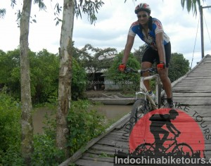 Siem Reap Cycle To Hanoi – 22 days