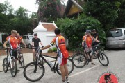 http://www.cambodiacyclingtour.com