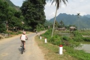 Siem Reap Cycling to Saigon